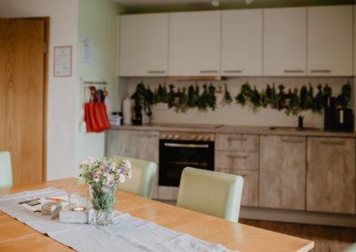 Ferienwohnung Schauinsland Küche und Essplatz