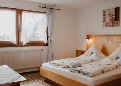 Schlafzimmer der Fewo Schauinsland